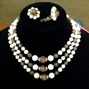 Vintage Classic Necklace and Earring Set